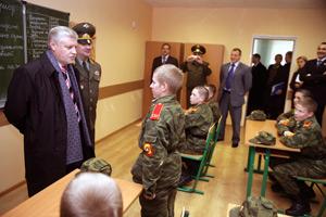 Председатель Совета Федерации Сергей Миронов встретился с преподавателями и воспитанниками Московского суворовского военного училища