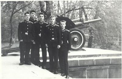 Альберт Хаджияров в суворовском училище
